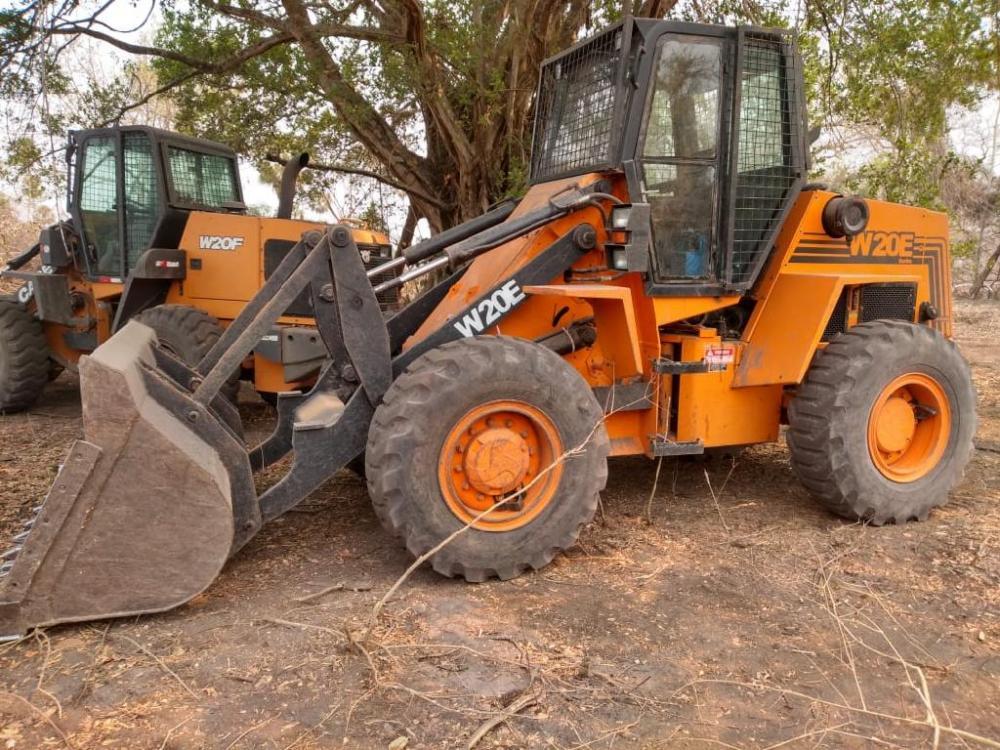 Cinco tratores usados para desmatamento no Pantanal são apreendidos